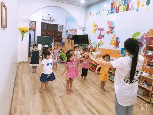 Tiết học múa – Lớp mẫu giáo nhỡ – Cơ sở BiBi 2